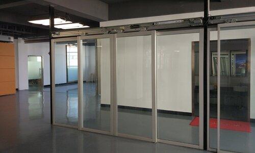 نصب مناسب درب برقی اتوماتیک و ماندگاری و طول عمر بالای آن