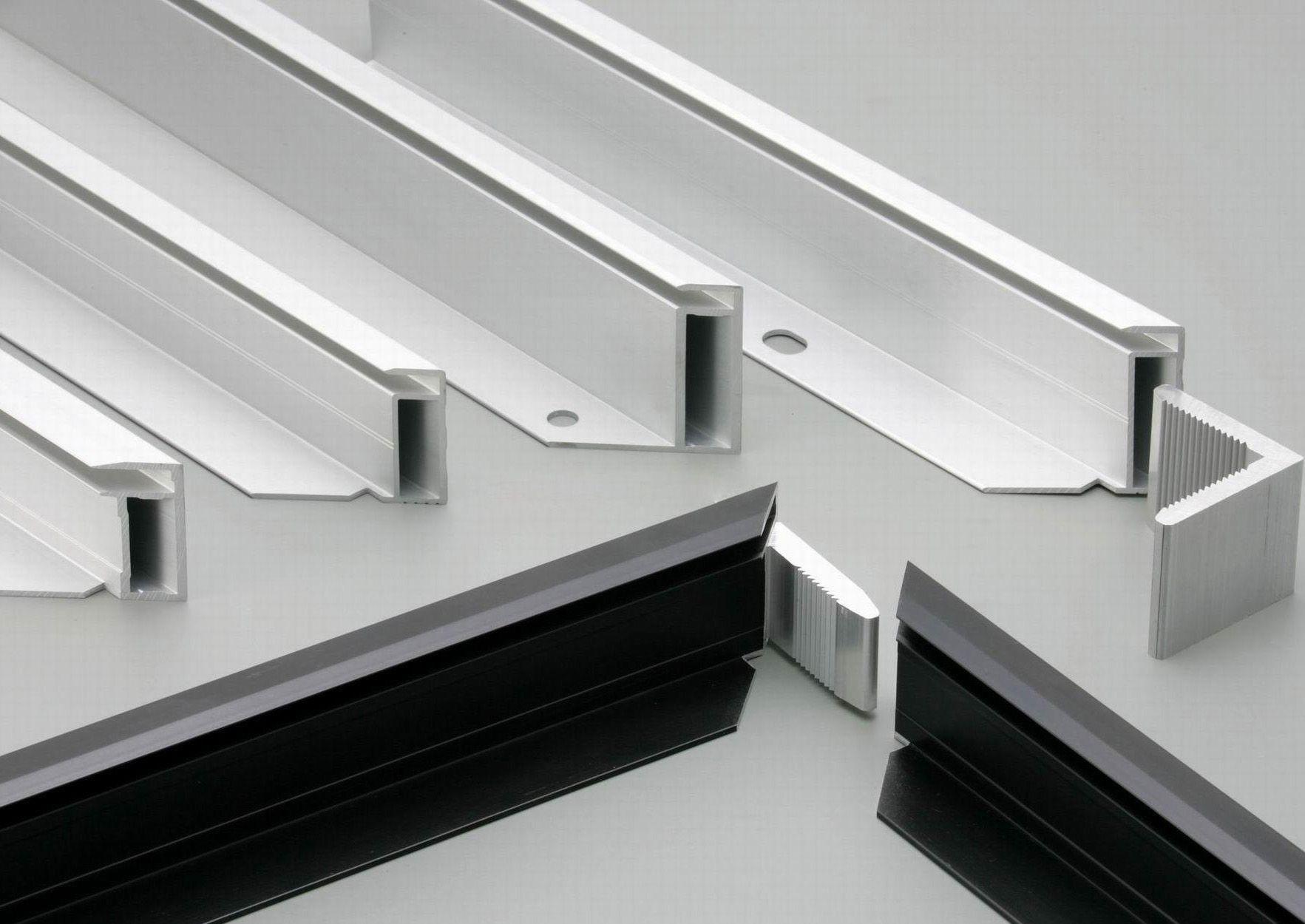 انواع فریم درب شیشه ای در ابعاد مختلف