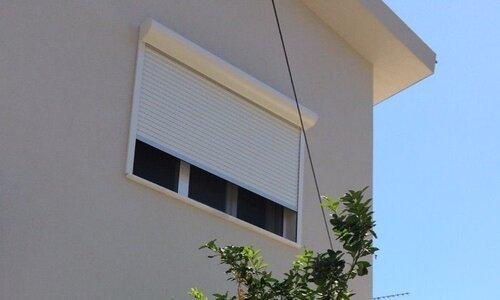 استفاده از کرکره برقی برای پنجره ها