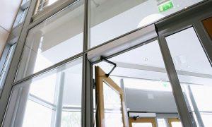 اپراتور درب اتوماتیک شیشه ای برای صرف انرژی کمتر