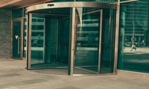 مشکلات درب برقی و تنظیم برد درب برقی